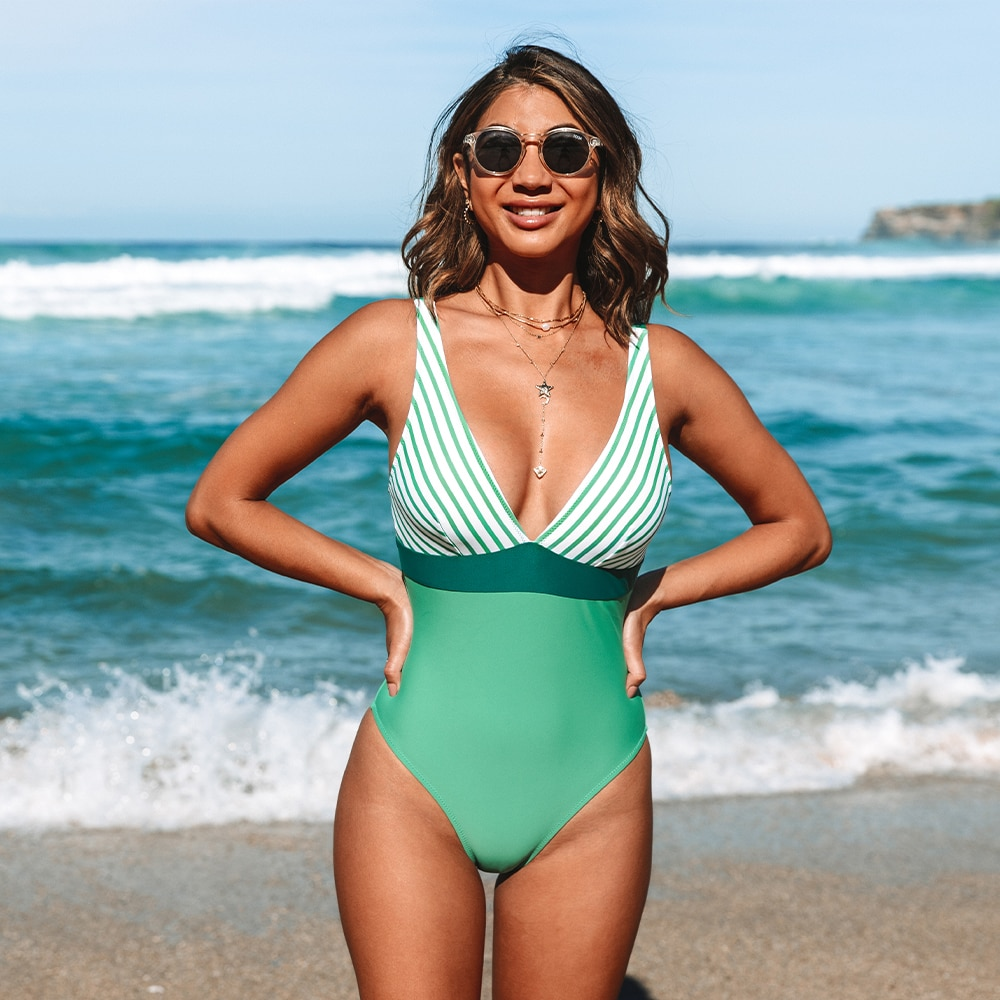 CUPSHE Striped Green V-Neck One Piece Swimsuit